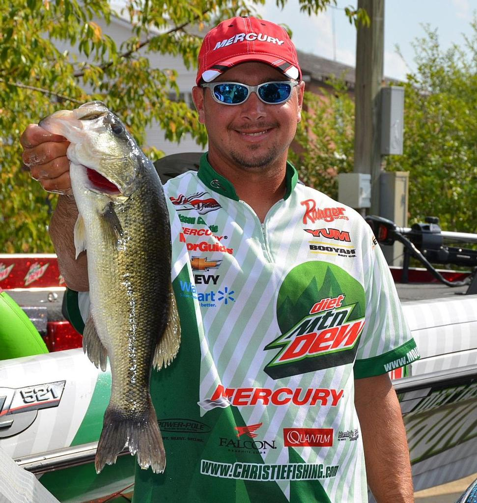 Christie climbs to first flw fishing articles for Jason christie fishing
