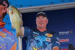 Ontario pro Simon Frost improved one spot to third in the final round.