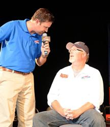 Co-angler John Mickish of White Bear Lake, Minn., is interviewed by FLW Outdoors host Jason Harper while on the hot seat. Ultimately he placed second and earned $2,500.