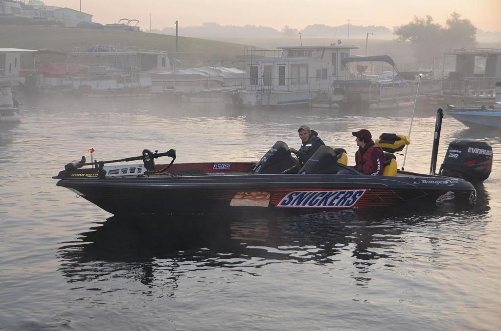 Flw college fishing central regional championship under for Flw college fishing