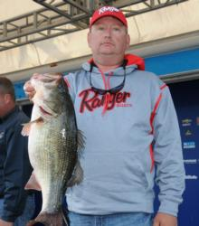 Mark Horton leads the Co-angler Division after catching 14 pounds, 15 ounces on day one.