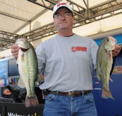 Beecher Strunk of Somerset, Ky., still leads the Co-angler Division with a two-day total of 34-2.