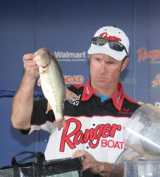 Jeff Hippert of Hamburg, N.Y., finished second with a four-day total of 56 pounds, 14 ounces.