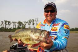 Finding the one lure schooling bass want can be frustrating, but the rewards are worth the effort. Here FLW pro Ramie Colson Jr. is rewarded.