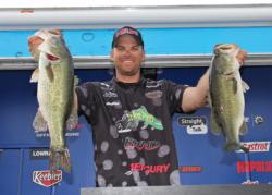 Trailing the lead by just 5 ounces, Texas pro Todd Castledine relied on one undisclosed bait all day.