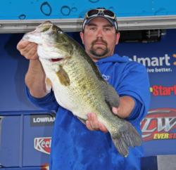 This 8-pound, 11-ounce largemouth earned Snickers Big Bass honors for Philip Crelia.