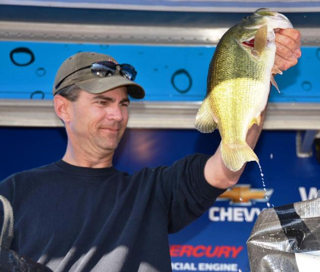 Pro Terrence Rath of Lake Havasu City, Ariz., parlayed a total catch of 49 pounds, 4 ounces into a fourth-place finish on Lake Havasu.