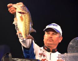 Using a total catch of 66 pounds, 1 ounce, Todd Auten of Lake Wylie, S.C., finished the Lake Hartwell event in fourth place overall.