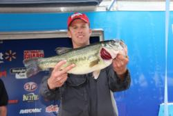 Arkansas pro Keith Williams took Snickers Big Bass honors with his 5-13.