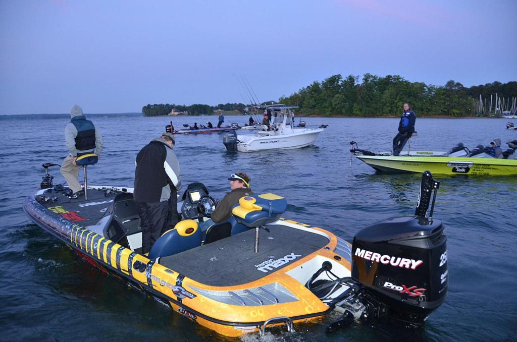 Flw college fishing national championship under way flw for Flw college fishing