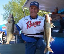 Third-place pro Tom Brunz caught a 13-pound, 5-ounce limit Friday to bring his total weight to 37-15.