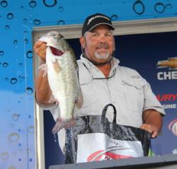 Fourth-place pro Lex Costas caught only three bass but they weighed a whopping 14-8.