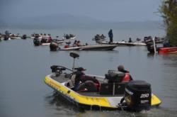 EverStart Series anglers make their way to the starting line.
