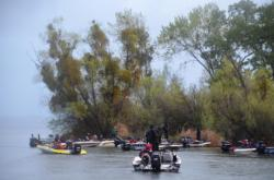 EverStart anglers patiently await the start of takeoff on Clear Lake.