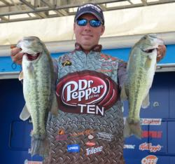 Glenn Browne sits in third place after catching a limit worth 14-8.