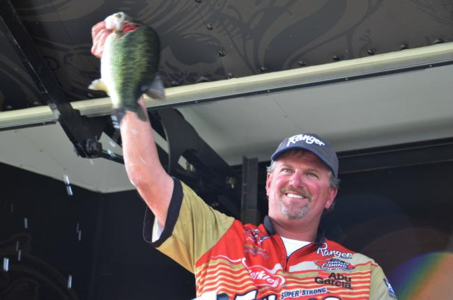 Day-two leader Jimmy Reese of Witter Springs, Calif., finished the EverStart Clear Lake tournament in fifth place.