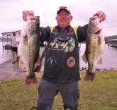 Fourth place pro Gary Fleming of Russellville Ala., weighed in 25-9, including the day
