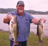 Bryan Gregory of Fort Payne, Ala., is in fourth place with 25-9.