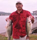 Rick Cotten of Guntersville, Ala. is in third place with 25-11.