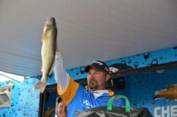 Walmart pro Dean Arnoldussen weighed 30 pounds, 4 ounces on the final day to earn him second place.