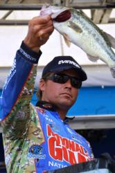 National Guard pro Scott Martin of Clewiston, Fla., used a four-day catch of 66 pounds, 6 ounces to win the FLW Tour title on the Potomac River.