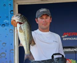 Texas pro Ryan Pinkston turned in a solid performance and rose two spots to finish fifth.