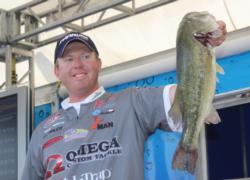 Co-angler Casey Martin caught the heaviest stringer of the day, a limit weighing 22-12.