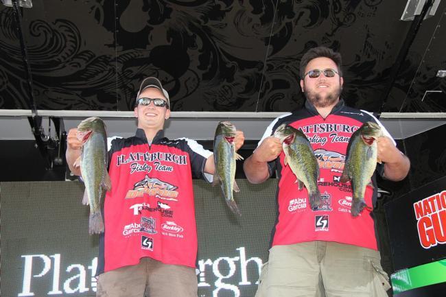 Flw fishing flw college fishing 2012 ohio river for Indiana fishing license walmart