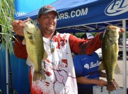 Fourth-place pro Zach King finished the opening round with a total weight of 19 pounds, 9 ounces.