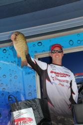 Pro winner Joe Lucarelli caught his fish on a large flat with scattered rocky structure.