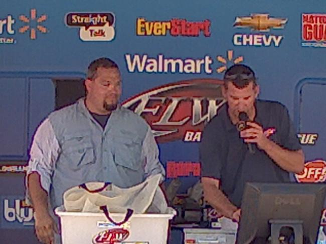 Flw fishing justin fowler angler profile for Walmart with live fish near me