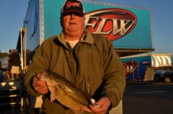 Co-angler Steve Biechman of Redding, Calif., used a 10-pound, 5-ounce catch to tie for second place at Lake Oroville.