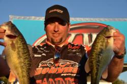 Pro Richard Dobyns of Yuba City, Calif., used a two-day catch of 22 pounds, 13 ounces to grab the fourth qualifying spot heading into Saturday's finals on Lake Oroville.