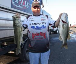 A Strike King Redeye Shad lipless crankbait let  Phil Addison to a fourth-place bag.