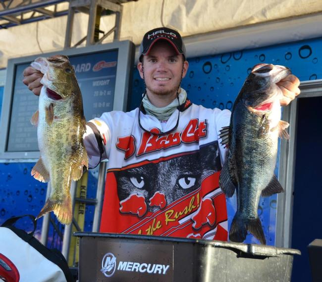 New Jersey pro Adrian Avena sits in fifth place after catching 21 pounds, 2 ounces on day one.