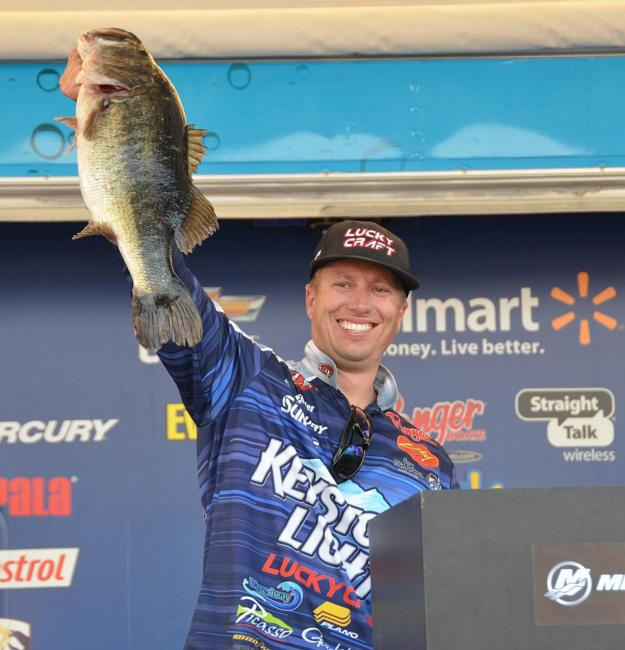 Keystone Light pro Brent Ehrler holds up an 8-pound, 14-ounce Lake Okeechobee largemouth.