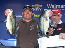 Day-one leader Dustin Grice stuck with an Alabama rig and finished second.