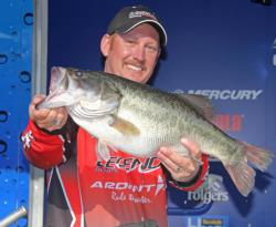 Fourth-place pro Jeromy Francis fished a Revenge football head jig in 8-12 feet of water.