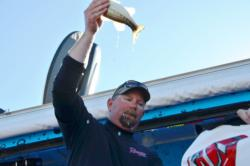Pro Jeff Michels of Lakehead, Calif., took fourth place in the finals at the Lake Roosevelt event.