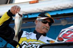 Pro Steve Foutch of Apache Junction, Ariz., netted a sixth-place finish overall at Lake Roosevelt.