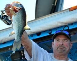 Co-angler Jeff Grant of La Mirada, Calif., took second place overall at the Lake Roosevelt event.