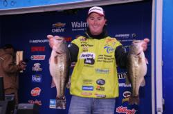 Scott Canterbury of Springville, Ala., is in fourth place after day one with 26-14.