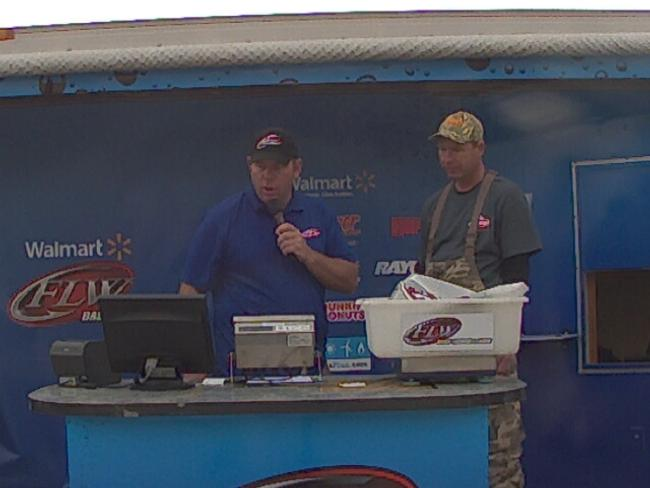 Flw fishing bass fishing league 2013 table rock lake for Fish table sweepstakes near me