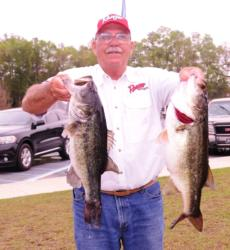 Pro Ken Ellis of Bowman, S.C., put five bass for 22 pounds, 2 ounces in the scales for fourth place on day one.
