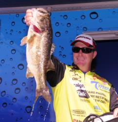 Scott Canterbury of Springville, Ala., finished third with a three-day total of 62 pounds, 10 ounces.