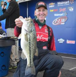 Randy Blaukat caught a 6-pound, 1-ounce Beaver Lake largemouth Thursday, the largest bass of the day in the Pro Division.