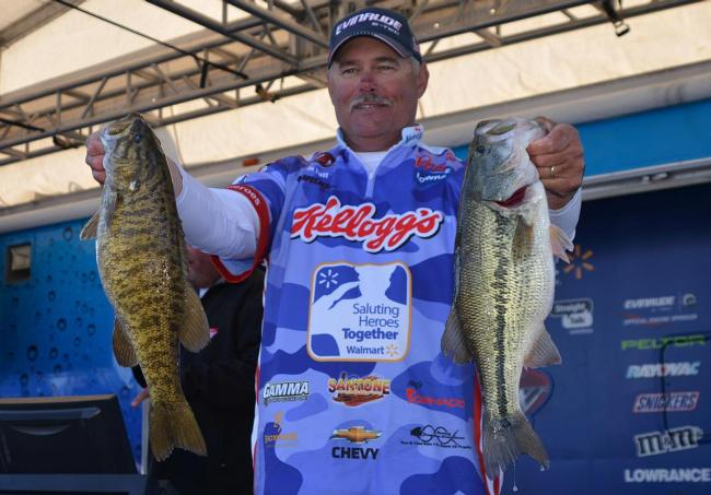 Jim Tutt shows off a 16-pound, 6-ounce stringer on day one of Beaver Lake competition.