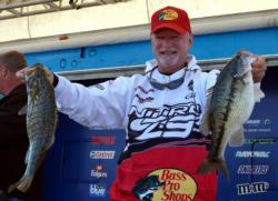 Stacey King finished the opening round in 13th place with a total weight of 25 pounds, 11 ounces.