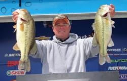 Sticking with a shad spawn pattern around docks was the key for fifth-place pro  Dillon Lee.