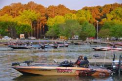 Twix pro Jonathan Newton prepares to depart James McFarland Park marina during the opening round of EverStart action on Pickwick Lake.